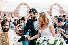 Country chic γαμος στην Αθηνα | Σισσυ & Νικος - Love4Weddings Wedding Moments, Country Chic, Happily Ever After, First Time, Groom, Wedding Day, Bride, Wedding Dresses, Beautiful