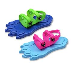 How cute are these Redfeather Kids Snowpaw snowshoes?