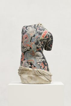 A selection of the creations of the Italian artist Fabio Viale, which covers marble statues of antiquity with tattoos inspired by Japanese and Russian aesthetics. The sculptures evoke the classic…View Post Statues, Venus, Mannequin Art, Tattoo Trend, Modern Sculpture, Metal Sculptures, Abstract Sculpture, Wood Sculpture, Bronze Sculpture