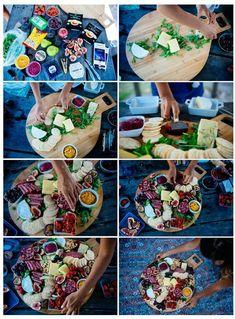 Boodschappenlijst Kazen - minimaal 3 (catering voor meer> ca. 1 blok per 5 personen). We kozen voor een brie, een cheddar en een blauwe. Pak wat kweepeer plakken als je blauw te krijgen! Dips - minimaal 2 (catering voor meer> ca. 1 dip per 6 personen). Kies kleurrijke degenen zoals Bieten dip. Olijven, zongedroogde tomaten, artisjokken etc. We kregen een klein bad van deze elk. Diverse salami en vlees. We gebruikten een of twee pakketten. Uiteraard kunt u deze weglaten als je vegetariër…