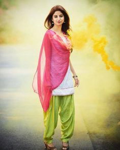 Life is Full of Colors. 🌈 May b this HOLI Festival, You even had more Colors in Your Life. & You Enjoyed them at their Brightest Shade ! Patiala Dress, Punjabi Dress, Punjabi Suits, Stylish Girls Photos, Stylish Girl Pic, Beautiful Girl Indian, Beautiful Indian Actress, Indian Dresses, Indian Outfits
