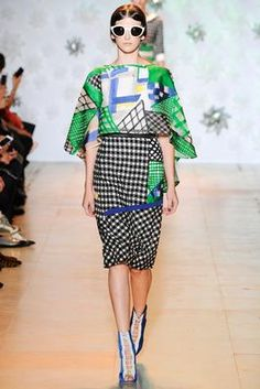 Tsumori Chisato Spring 2015 Ready-to-Wear Fashion Show: Complete Collection - Style.com