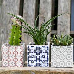 These Boho Moroccan planters take less than 10 minutes to make using tile samples.