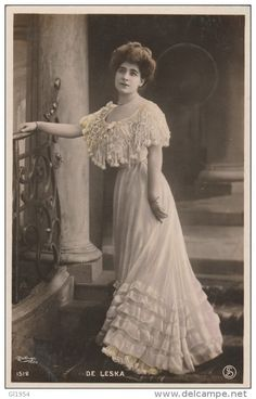 Stamps, coins and banknotes, postcards or any other collectable items are on Delcampe! Edwardian Era, Edwardian Fashion, Vintage Photos Women, Old Photographs, Vintage Postcards, Fancy, Georgian, Womens Fashion, Clothes