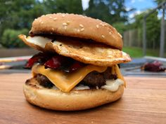 Arque style Hamburger, Grilling, Bbq, Ethnic Recipes, Outdoor, Food, Style, Barbecue, Outdoors
