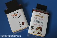 school staff and teachers gifts for the holiday break - christmas - new years eve - etc. DIY free printable and tutorial for store bought popcorn - Can use on either candy bars or microwave popcorn bags to bring winter some cheer. Adorable! free printables for winter months - snowman popcorn