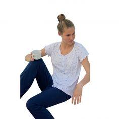 Elegante pigiama donna mezza manica/pantalone in cotone 100% .    Creazione e Produzione interamente Made in Italy Autentico.
