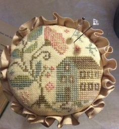 Down In The Valley is rthe title of this cross stitch pattern from Blackbird Designs that is stitched with Classic Colorworks (Gingersnap, Sunkissed) and Gentle Art Sampler threads (Burlap, Cidermill, Grasshopper, Lexington Green, Mountain Mist, Old Brick and Parchment) or with DMC threads.