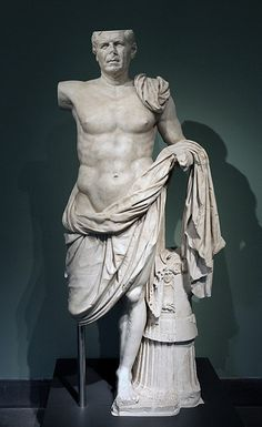 REPUBLIC: The face is in the style of the Republic (old) and the body is Greek and idealized. From the Sanctuary of Hercules at Tivoli. Greek Model, Roman Republic, Visual Aids, Roman Art, Ancient Rome, National Museum, Roman Empire, American Artists, Art And Architecture