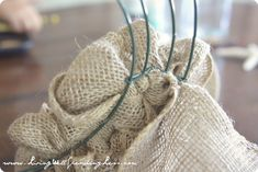 How to Make a Burlap Wreath | DiY Burlap Wreath Tutorial