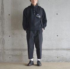 "Reposting @yukifurue_: ... ""black 眼鏡かけて写真撮ったのに目を隠す . 物欲がどっかに消えた #patagonia #fantasticdays #comoli #paraboot #chambord #mn_mnfc"" Menswear mode style outfit streetstyle fashion clothing homme tenue Fasion, Fashion Outfits, Mens Fashion, Patagonia Outfit, Male Poses, Mens Clothing Styles, Shirt Jacket, Knits, Street Wear"