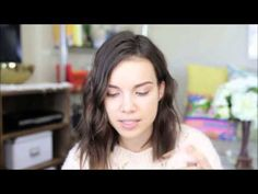 Ingrid Nilsen Uses The Chella Ivory Lace Highlighter