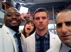 Omar Epps, Olivia Wilde, Jesse Spencer and Peter Jacobsen Gregory House, Best Tv Shows, Movies And Tv Shows, House And Wilson, House Md Quotes, Sean Leonard, Medical Series, Omar Epps, Everybody Lies
