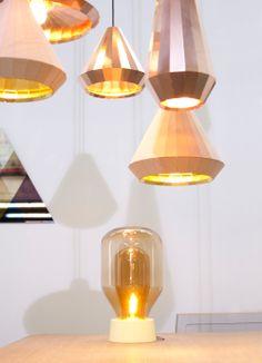 #Goud, zilver of brons?… Nee #koper is helemaal #hot! Deze #roodgele #metaalsoort is super mooi om in je huis te verwerken. In woonaccessoires, meubels én #lampen
