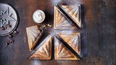 Give the traditional mince pie recipes a twist with this festive toastie. Find m. Give the traditi Christmas Cake Decorations, Christmas Desserts, Christmas Treats, Christmas Recipes, Christmas Cakes, Pie Recipes, Baking Recipes, Sweet Recipes, Dessert Recipes