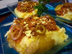Cheesy Jacket Potato Topped With Mince recipe by Mrs Admin (mashuda) posted on 10 Apr 2019 . Recipe has a rating of by 1 members and the recipe belongs in the Beef, Mutton, Steak recipes category Mince Recipes, Steak Recipes, Potato Recipes, Savoury Mince, Savoury Dishes, Jacket Potato Recipe, Moist Vanilla Cake, Food Categories, Stuffed Green Peppers