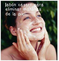 En BELLEZA Y PEINADOS nos enseñan a preparar un jabón para reducir las manchas del rostro.