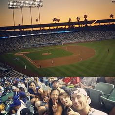 THINK BLUE: Finally made it to a baseball game!  dodgers vs giants whoo rivalry big come back but lost out 4-3 in the end  great experience with good mates old and new in LA. Thanks for the hospitality as always   #baseball #dodgers #dodgerstadium #giants #giantsnation #travel #travels #traveling #traveller #travelingram #friends #sunset  by kingy231