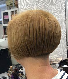 All sizes | Untitled | Flickr - Photo Sharing! Short Stacked Bobs, Short Bobs, Stacked Bob Hairstyles, Bun Hairstyles, Beautiful Haircuts, Hair Models, Bob Cut, Buns, Short Hair Styles