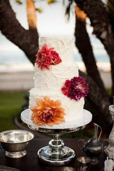 Beautiful (non-fondant!) cake with flowers from @Style Me Pretty .  Photo by Jasmine Star Photography