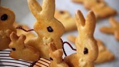 Πασχαλινά κουλουράκια και μπισκότα Gingerbread Cookies, Holiday Recipes, Recipies, Menu, Sweet, Creative, Desserts, Food, Holidays