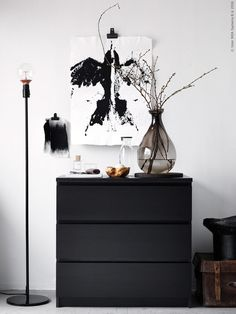 ikea black and white Ikea Inspiration, Decoration Inspiration, Interior Design Inspiration, Deco Design, Black Decor, New Room, Home And Living, Interior Decorating, Decorating Tips