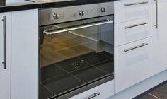 Ποια είναι η πραγματική χρήση του συρταριού κάτω από το φούρνο