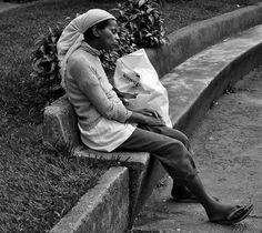 """""""Moradora de rua."""" Por Rafael Jose Dutra"""