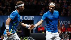 Na primeira vez juntos na história, Federer e Nadal vencem jogo de duplas - 23/09/2017 - UOL Esporte