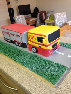 My Uncles 50th Birthday Cake He's a lorry driver!