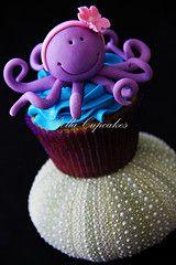 A little sweetie (Bella Cupcakes (Vanessa Iti)) Tags: birthday sea kids cupcakes purple starfish crab clownfish octopus kina seacreatures fondant buttercream