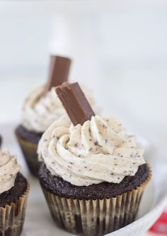 A moist chocolate cupcake with a whipped kit kat buttercream makes these Kit Kat Cupcakes a great Halloween dessert treat. Get the cupcakes recipe here!