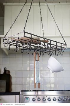 The Country Kitchen Hanging System Aspen, Country Kitchen, Kitchen Storage, Track Lighting, Ceiling Lights, House, Winter Collectie, Bramble, Home Decor