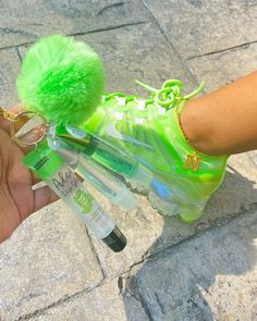 Aesthetic Shoes, Black Girl Aesthetic, Cute Sneakers, Shoes Sneakers, Jelly Lipstick, Jordan Shoes Girls, Nike Air Shoes, Fresh Shoes, Hype Shoes