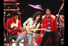 "Eddie Van Halen famously played the killer guitar solo for the Michael Jackson classic ""Beat It"". Yet, Eddie and Michael only got to perform ""Beat It"" together once in an epic moment during The Jacksons 1984 Victory Tour stop in Dallas. Michael Jackson Beat It, Michael Jackson Biography, Michael Jackson Youtube, Jackson 5, Jackson Family, Eddie Van Halen, Alex Van Halen, David Lee Roth, Old School Music"