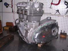 Triumph Trident T150v Engine
