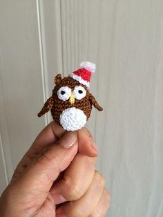 Double Treble Trinkets: Christmas Owl More Owl Crochet Patterns, Christmas Crochet Patterns, Holiday Crochet, Owl Patterns, Christmas Knitting, Amigurumi Patterns, Crochet Owls, Crochet Crafts, Free Crochet
