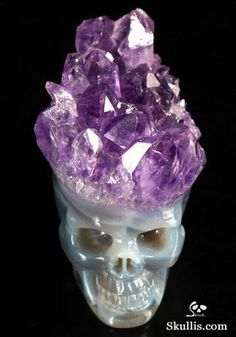 Another wild skullpture--Agate Crystal Druse Skull