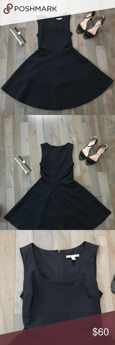 Banana Republic Midi Dress Knee length little black dress. In great condition. Only worn a few times to events. Form fitting on the top with a flowing bottom. Thick material that will last a lifetime. Dry Clean Only, comes from a smoke free home. Accessories not included. Banana Republic Dresses Midi