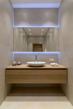 Luxury Bathroom Master Baths Walk In Shower is agreed important for your home. Whether you choose the Luxury Master Bathroom Ideas or Luxury Bathroom Master Baths Benjamin Moore, you will make the best Small Bathroom Decorating Ideas for your own life. Modern Contemporary Bathrooms, Modern Bathroom Design, Bathroom Interior Design, Modern House Design, Contemporary Design, Contemporary Vanity, Bath Design, Contemporary Bathroom Inspiration, Contemporary Cottage