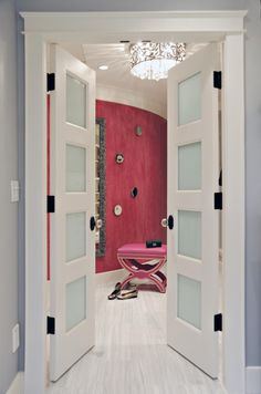closet doors-can only imagine what the closet looks like if this is the entry