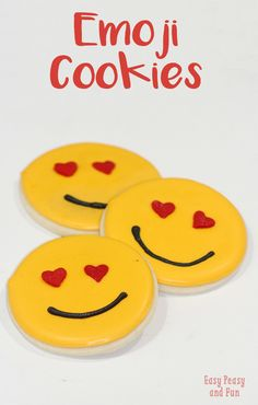 Sweet Emoji Sugar Cookies - Easy Peasy and Fun Easy Sugar Cookies, Yummy Cookies, Valentine Cookies, Valentines Day Party, Crafts For Teens To Make, Kids Crafts, Easy Cookie Recipes, Cookie Ideas, Fun Snacks For Kids