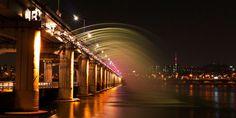 Banpo Bridge spanning the Han River in Seoul, South Korea.