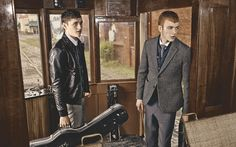 CAMPAIGN T.I FOR MEN  I like Heringbone and Leather fabric and this brown wood room.
