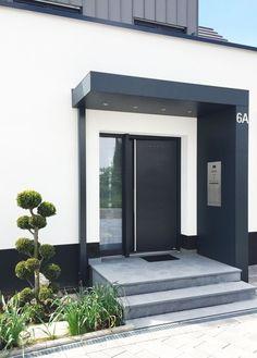 Modern Entrance Door, House Entrance, Entrance Doors, Entrance Ideas, Garage Door Design, Garage Doors, Barn Garage, Front Door Canopy, Led Spots