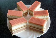 Holland szelet Hungarian Desserts, Hungarian Cake, Hungarian Recipes, Hungarian Food, Dutch Recipes, Sweet Recipes, Cookie Recipes, Dessert Recipes, Cake Bars