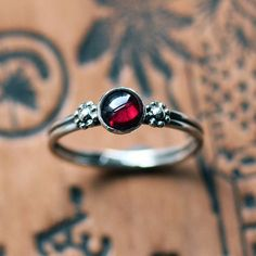 Garnet cabochon ring  daisy ring  recycled sterling by metalicious, $62.00