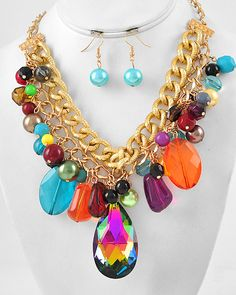 Gold Tone / Vitrail Medium Glass / Multi Color Acrylic & Synthetic Pearl / Lead Compliant / Cluster Necklace & Fish Hook Earring Set