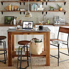El taburete Turner de nuestro catálogo con muebles Vintage - http://www.mueblestudio.com/blog/muebles-vintage/muebles-vintage-taburete-turnes-65h/