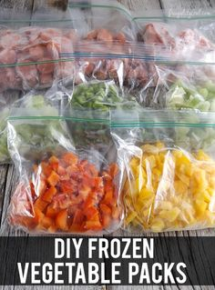 How to make your own DIY frozen vegetable packs. Good idea! Saves time on cooking dinner on busy weeknights.
